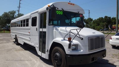 2004 Freightliner Thomas Bus 3126 Caterpillar Allison 2500 Automatic Air Brakes Front Wheel Chair Lift Clean Florida Used School Buses